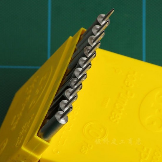 0.5mm-1.8mm High quality Round Leather Punches, very sharp, put through leather very easily